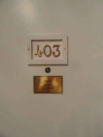 لوتل مونتريال: King Suite