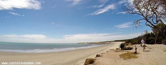 Castelo Vendom: beach, plage, praia, horse riding, équitation, passeio de cavalo