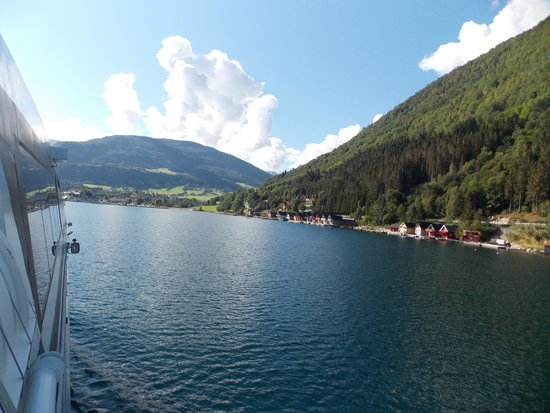 Roedne Fjord Cruise: The fjords close to Flam