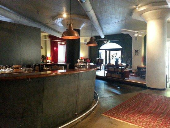 First Hotel Norrtull: Foyer