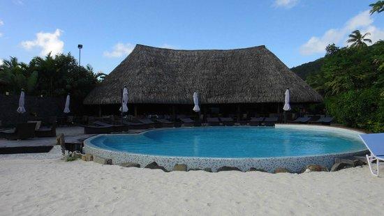 مايتاي لابيتا فيلاج هاوهين: Espace piscine