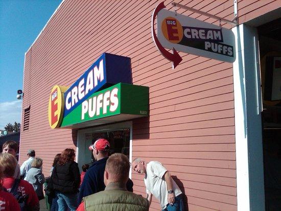 The Big E: Big E Cream Puffs