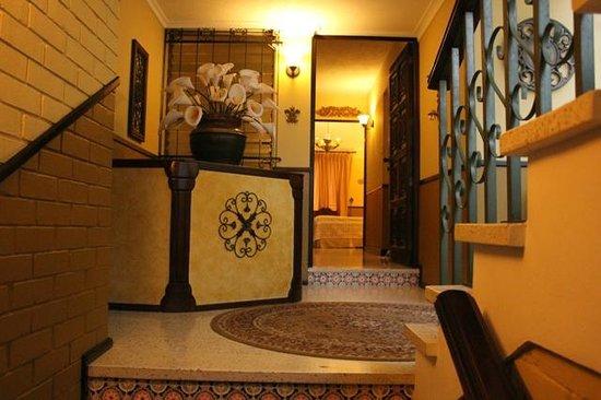 Hostal Villa Toscana: Hall 2do. Nivel
