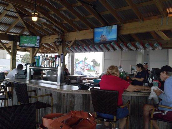 Runaway Island: outdoor bar