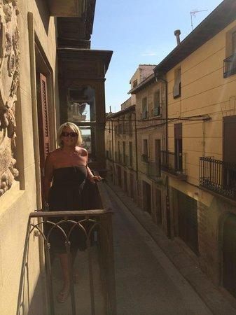 هوتل لا جويوسا جواردا: Balcony at front