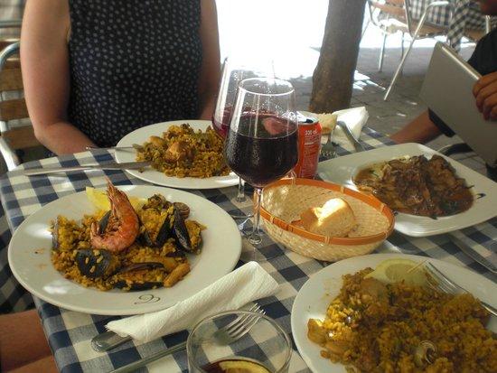 Tapineria: Paëlla marisco en Paëlla Valenciana