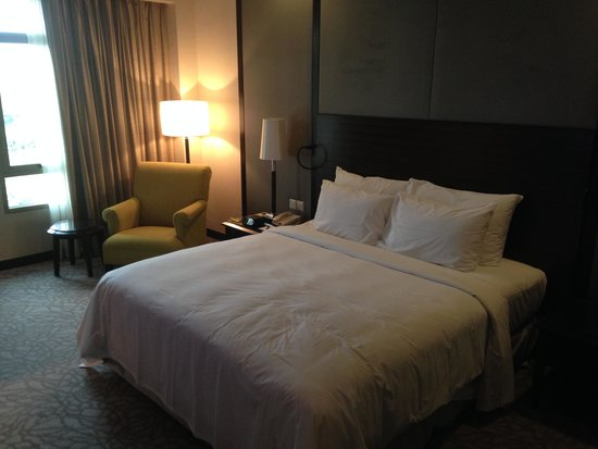 Eastin Hotel Kuala Lumpur: Bed