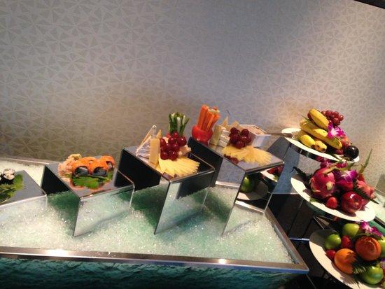 Eastin Hotel Kuala Lumpur: Club house or executive lounge buffet