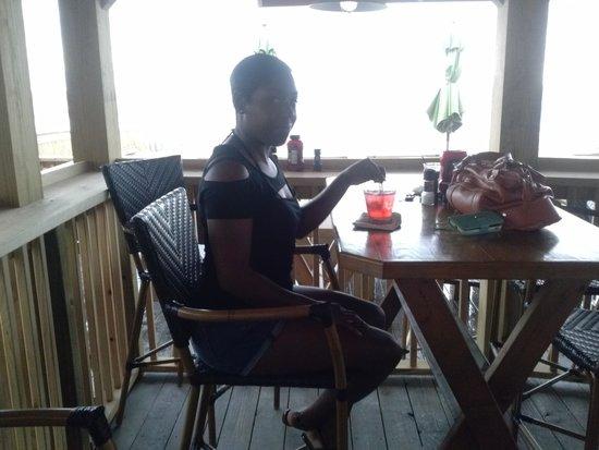 Runaway Island: wifey