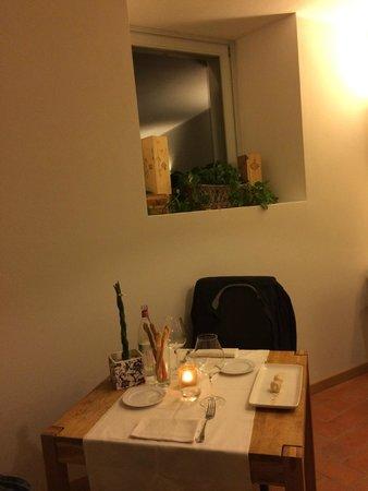 Locanda Pozzetto: Tavolo in saletta