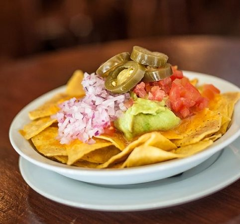 Temple Bar & Irish Pub: Nachos con queso