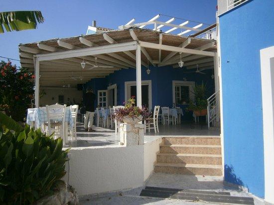 Casa De Blue Studios: restaurant bij appartement