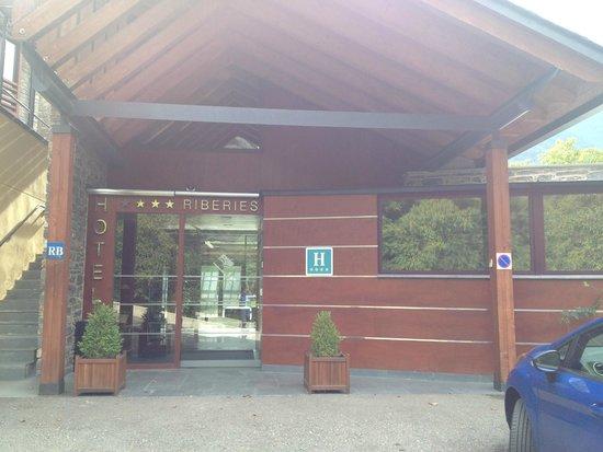 Hotel Riberies: Entrada