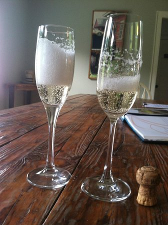 Amee Farm: Bubbly