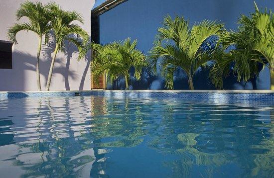 ذا ريتز ستوديوز: Pool