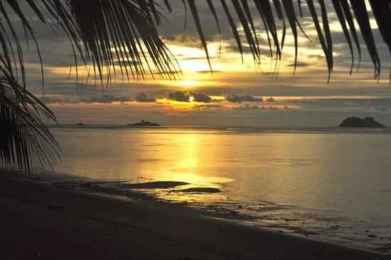 Langkah Syabas Beach Resort: Sunset