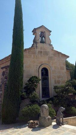 Chateau d'Estoublon: Te Chapel