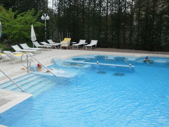 Hotel Terme Tritone Thermae & Spa: Piscina esterna