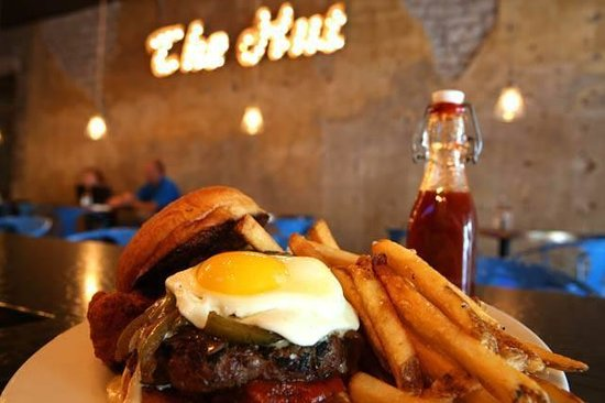The Hut: Bayou Bar & Grille: The Big Easy