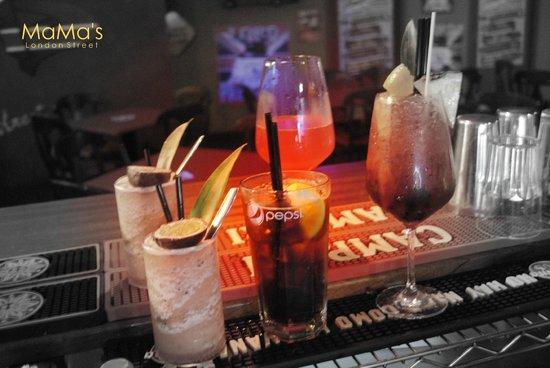 MaMa's London Street: Cocktails