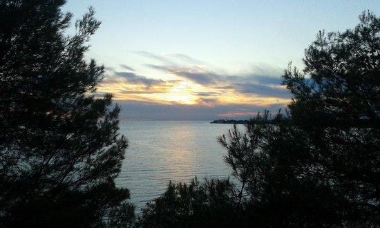 Camping Lanterna : tramonto sul mare!