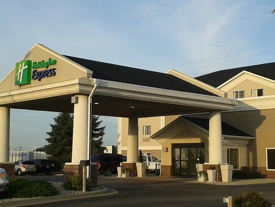 Dec 05,  · Now $98 (Was $̶1̶3̶8̶) on TripAdvisor: Hampton Inn & Suites Flagstaff, Flagstaff. See 1, traveler reviews, candid photos, and great deals for Hampton Inn & Suites Flagstaff, ranked #13 of 66 hotels in Flagstaff and rated 4 of 5 at cheapwomensclothes.tk: +1