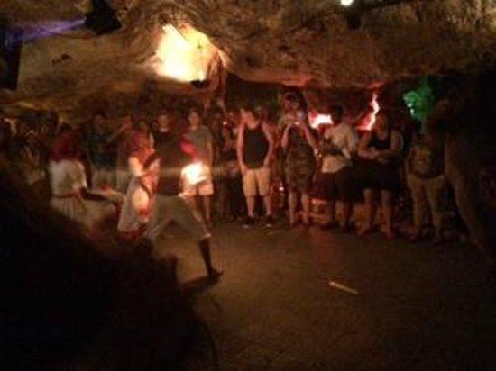 Memories Flamenco Beach Resort: Cave party excursion