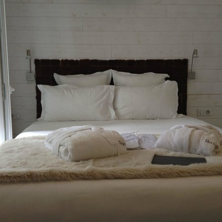 روك نوار ديزاين هوتل آند سبا: Small bedroom, but extremely clean