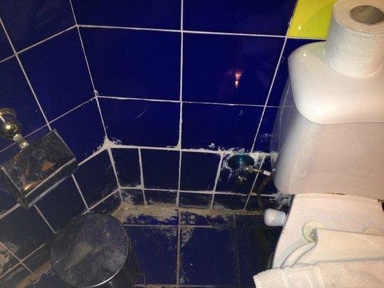 Karma: bathroom
