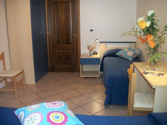Le Poiane B&B: La camera doppia dell'appartamento