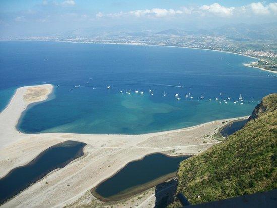 Le Poiane B&B: I laghetti di Marinello ( a 25 km)