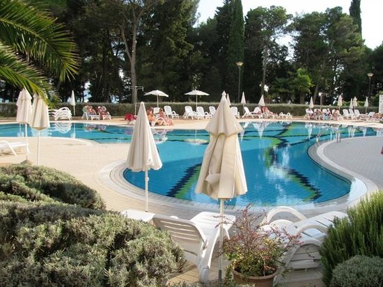 هوتل لاجونا: the pool