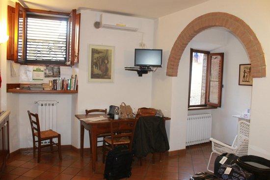 Appartementi Casa la Torre - Nomipesciolini: comedor
