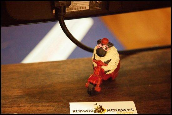 Roman Holidays Hostel: Mascot