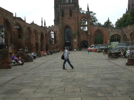 Coventry Cathedral: The ruins.