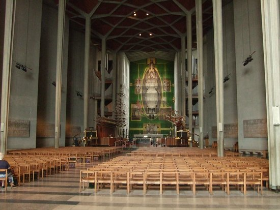 Coventry Cathedral: The modern.
