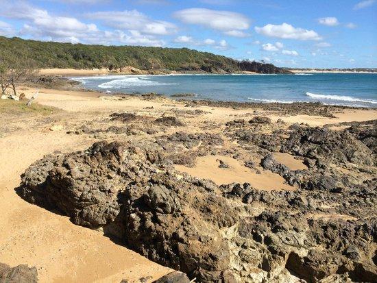 ذي إدج أون بيتشيز: Another wonderful 1770 beach