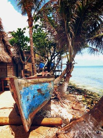 Roatan Boat Adventures: Garifuna's boat