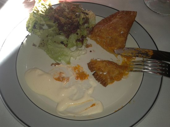 La Gamella: Empanadilla de Txangurro. Ricas, para probar.