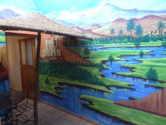 Kasbah Mansour: Studio Tichka, la fresque - Kasbah Mansour