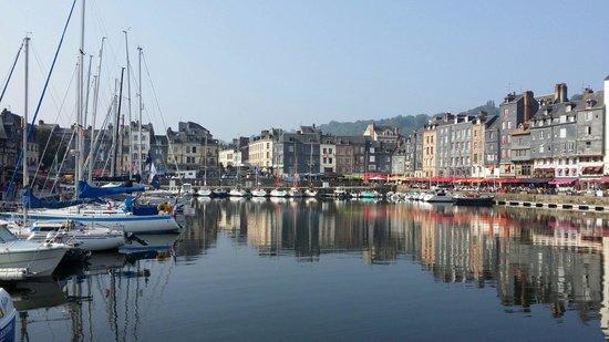Ibis Budget Honfleur: Le port