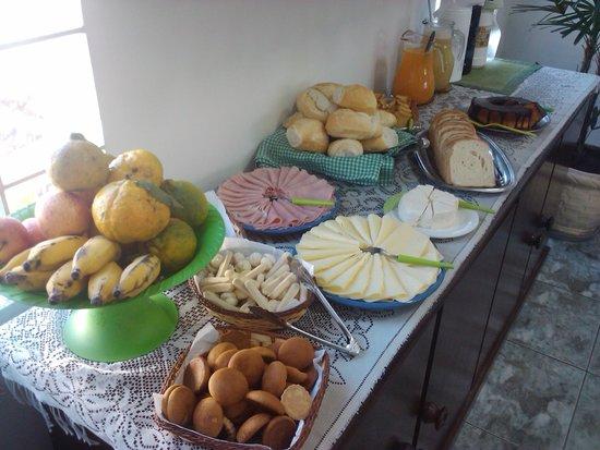 Pousada da Montanha: café da manhã