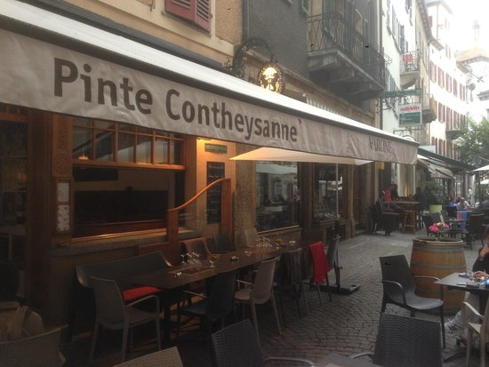 La Pinte Contheysanne: Superbe resto en vielle ville !