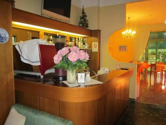 Hotel Vera: =)