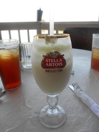 Sunset Waterfront Grill & Bar: girly drinks too