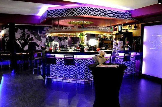 Ambiance d co photo de bo bars li ge tripadvisor - Deco pour restaurant ...