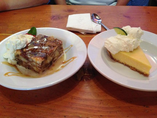‪‪Rocking V Cafe‬: key lime pie and bread pudding‬