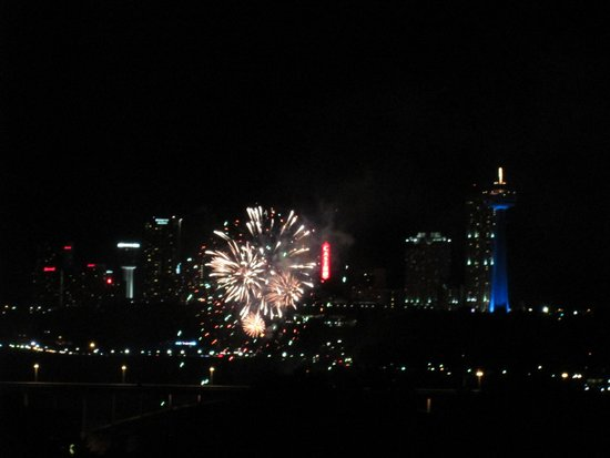 Gorge View: Firework show from the rooftop