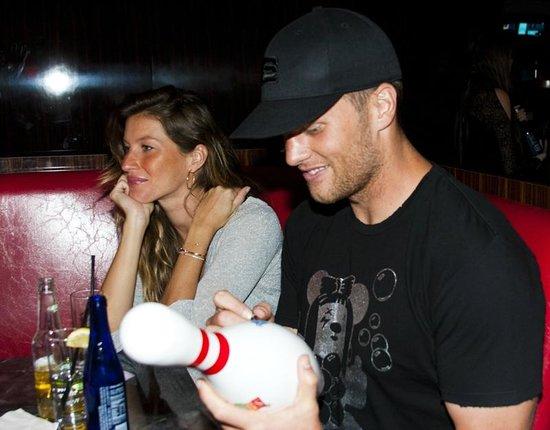 Kings Dining & Entertainment Back Bay: Tom Brady & Gisele at Kings Bowl