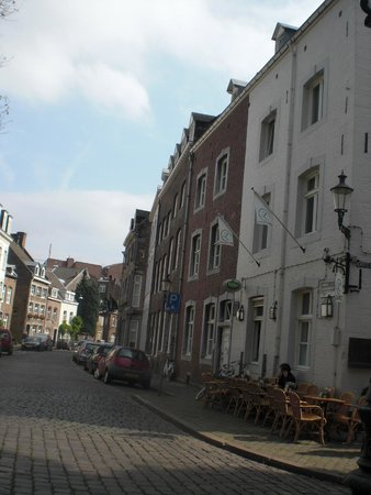 De straat picture of chambre d 39 hote rekko maastricht for Chambre hote 06